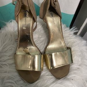 💥5 for 20$💥 Fioni heels in gold